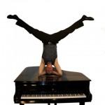 Humorige Kammermusik mit Holger Mantey: Piano-Solo-Show auf Haus Opherdicke