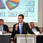 Kreisdirektor zur Jahresrechnung 2014: Finanziell Land in Sicht
