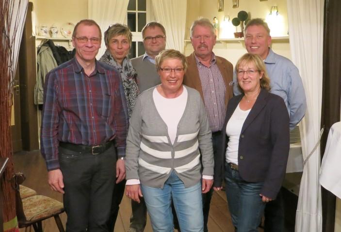 von links nach rechts: Wolfgang Nowak, Ulrike Drossel, Jörg Düllmann, Barbara Schriek, Thomas Wolter, Steffi Meier, Frank Niehaus