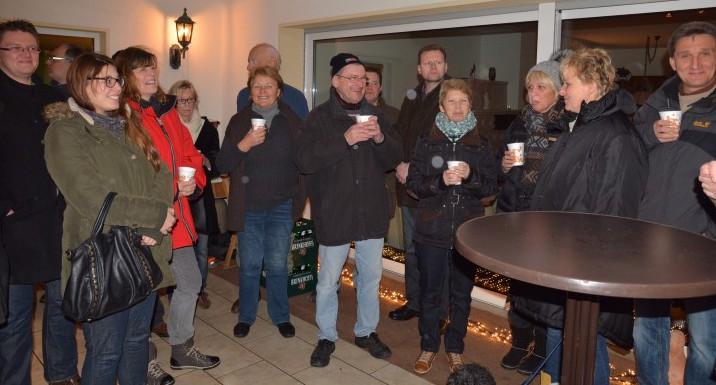Die Holzwickeder Christdemokraten trafen sich am vergangene Freitag zum Adventsgrillen.  (Foto: privat)