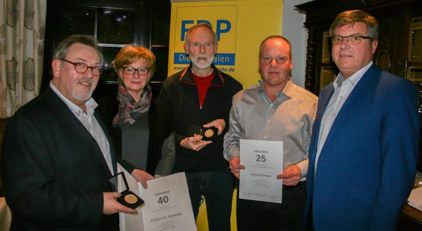 Foto (v.l.n.r.): (privat) Bernhardt, Ludwig, Stock, Partmann, Hake