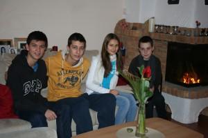 Sind super miteinander ausgekommen,  v.l.: Esteban (16 J.), Nico (15 J.), Cara (12 J.) und Ronan (12 J.). (Foto: privat)