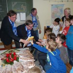 HSV verteilt Stutenkerle an Nordschüler