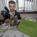 "Aydaco-AG druckt Solidaritätsbuttons: ""Je suis Charlie"""