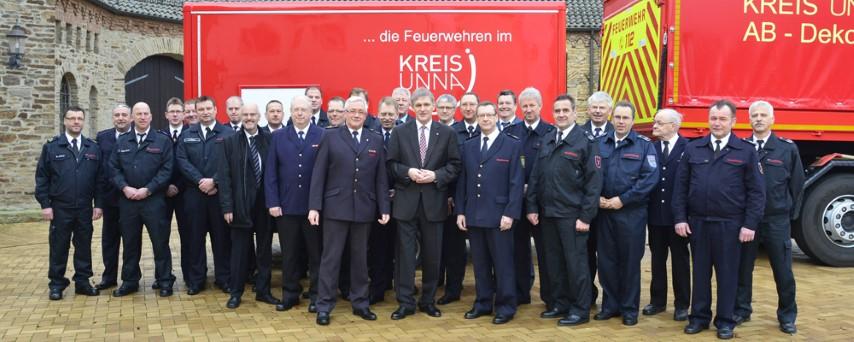 Die Feuerwehren und Landrat Michael Makiolla waren Gäste beim Neujahrsempfang von Kreisbrandmeister Ulrich Peukmann. (Foto: Ingo Rous)