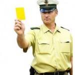 Neun Gelbe und Rote Karten: Gewalttätern droht Führerscheinentzug