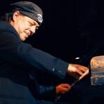 Christian Willisohn spielt den Blues im Spiegelsaal