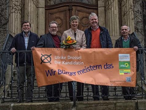 Unterstützten ngemeinsam Ulike Drossel (M.) als Spitzenkandidatin, v.l.:  Friedhelm Hahne, Friedrich-Wilhelm Bernhardt, Thomas Wolter und Günter Schneidereit. (Foto: Peter Gräber)