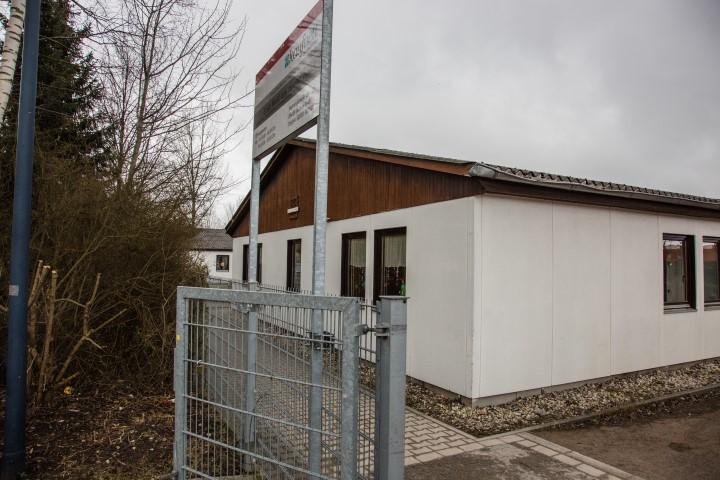 Wird ab April teilweise  zur Unterbringung von Flüchtlingen umgenutzt:  das Sozialkaufhaus an der Bahnhofstraße. (Foto: Peter Gräber)