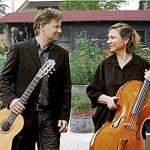 Duo Casals geben Konzert im Garten