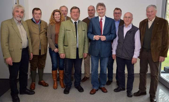 Der Jagdbeirat hat sich im Kreishaus neu konstituiert. (Foto: B. Kalle/Kreis Unna)