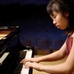 Hilda Huang spielt Bach und Beethoven