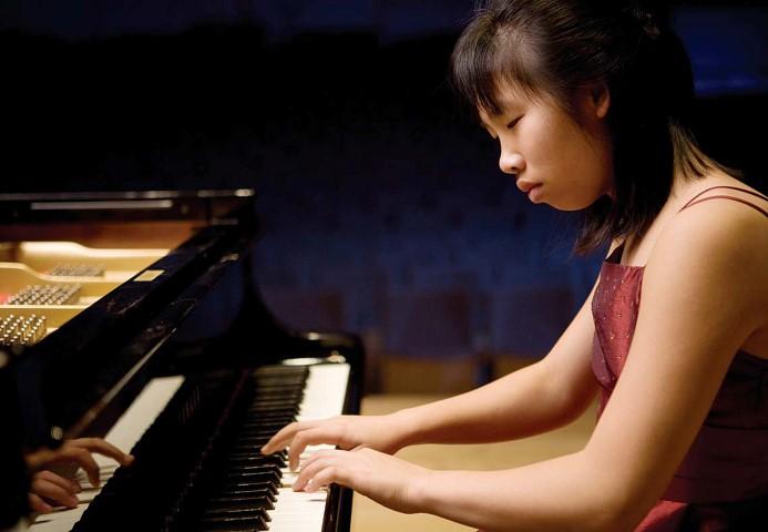 Gastiert im Spiegelsaal auf Haus Opherdicke: die Pianistin Hilda Huang. (Foto: Kreis Unna)