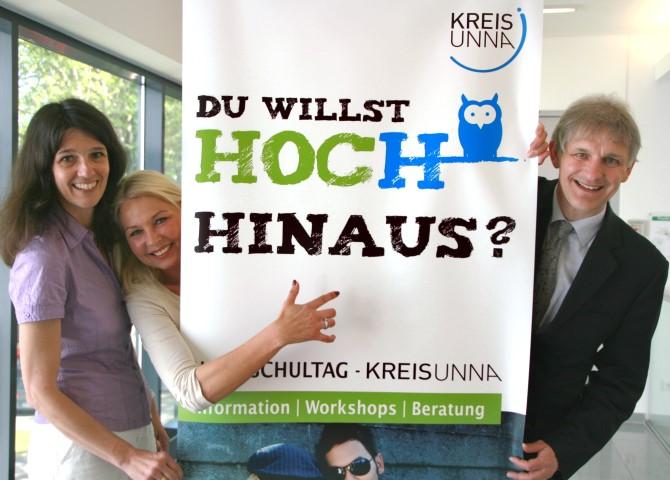 Landrat Makiolla und die Organisatorinnen Sabine Leiße (l.) und Martina Bier rechnen auch beim 6. Hochschultag mit großem Andrang. (Foto: C. Rauert - Kreis Unna)