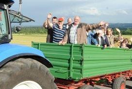 """Landwirte planen wieder Teilnahme am """"Holzwickeder Sommer"""" und Feldfahrt"""