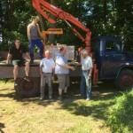 TuS Elch-Chef spendet Steine an Joboxers für den Aufbau
