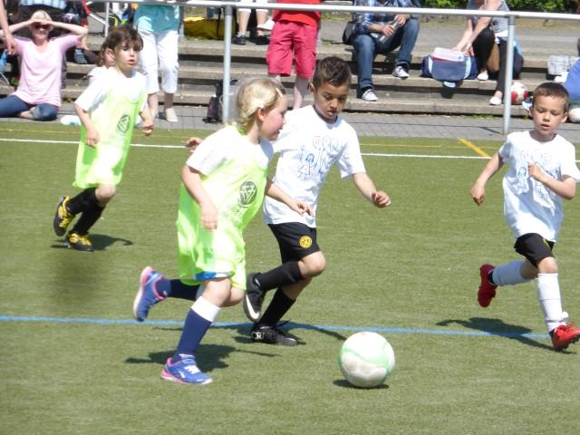 Die kleinen Kicker gaben keinen Ball verloren und kämpften leidenschaftlich um das runde Leder. (Foto: privat)