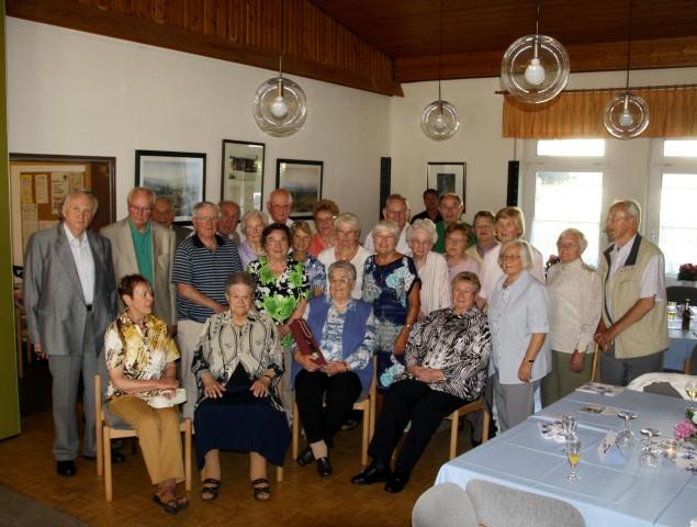 Der Trägerverein der Seniorenbegegnungsstätte führte seine 51. Geburtstagsnachfeier durch. Älteste Teilnehmerin war