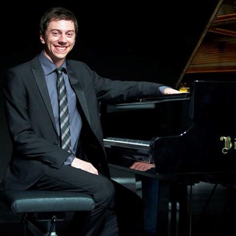 Gastiert im Rahmen der kammermusikalischen Reihe des Kreises Unna auf Haus Opherdicke: der Pianist Philipp Scheucher. (Foto: Agentur)
