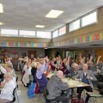 Sonntagsöffnung: Micki Wohlfahrt sorgt für Lacher bei Senioren