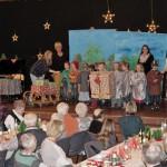 Vorweihnachtliche Feier im Forum mit vielen Höhepunkten