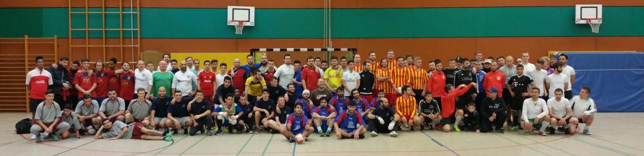 Die Mannschaften des Hobbyfußballturniers