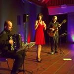 Musikalisch-literarische Reise quer durch Europa: TRIO 67 überzeugt im Forum