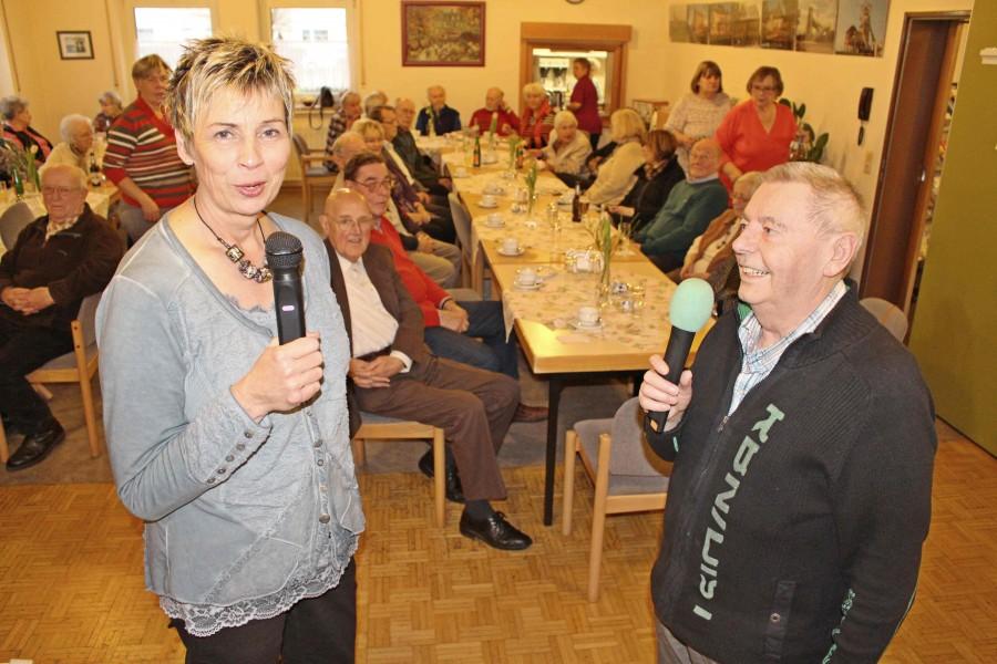 Auf Einbladung des Tröägervereins besuchte Bürgermeisterin Ulrike Drossel die monatluiche Versammlung des Vereins. (Foto: privat)