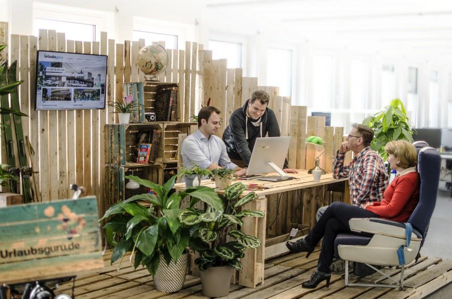 Das Team von Urlaubusguru.de, hier die Gründer Daniel Krahn und Daniel Marx, ist ab sofort für Holzwickeder und Menschen aus dem Kreis Unna auch persönlich bei der Urlaubsbuchung dfa. (Foto: Urlausbguru.de)