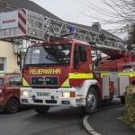 Mit der Feuerwehr-Drehleiter auf Hindernisfahrt  durch die Wohnquartiere