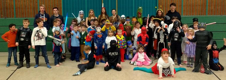 Viel Spaß hatte der Judnachwchs bei seiner Karnevalsfeier in der Hlgenbaumhalle. (Foto: privat)