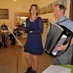 """""""Nun will der Lenz uns grüßen..."""": Musikalischer Nachmittag im Seniorentreff"""