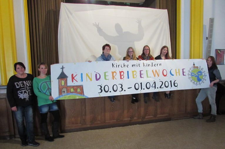 Das Helferteam der Kinderbibelwoche um Jugendreferebtin Stephanie Bode-Hintz. (Foto: Privat)