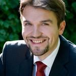 Dr. Uli Paetzel begrüßt Holzwickeder Sozialdemokraten auf Emscherhof