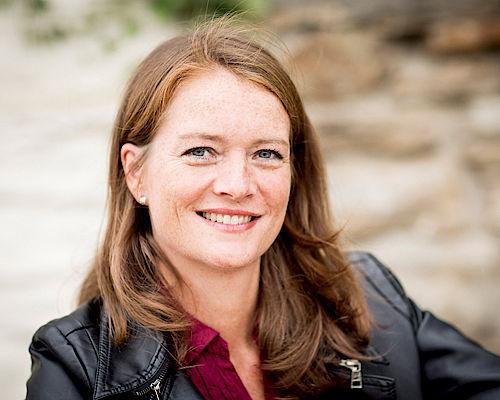 Stellt ihren Debnütroman auf Haus Opherdicke vor: Silke Weysergraf. (Foto: Jacoby Fotodesign)