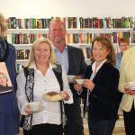 """Sozialkaufhaus """"Kaufnett"""" eröffnet mit Büchercafé """"Ort der Begegnung"""""""