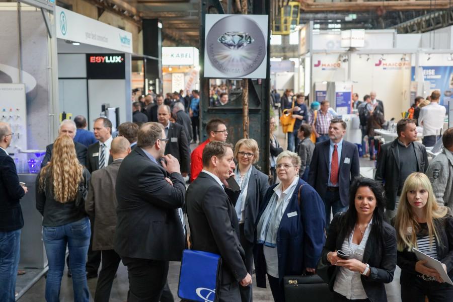Die Jahrhunderthalle in Bochum bot ein großartiges Ambiente für den Partnertreff von Sonepar. Rund 11.000 Besucher begrüßte der Top-Arbeitgeber Holzwickede an zwei Veranstaltungstagen. (Foto: Sonepar)