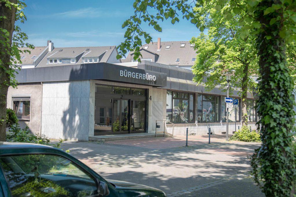 Nachdem dass Medienzentrum vorläufig gescheitert ist, fordert die FDP nun frühzeitig die Entwicklung alternativer Projektideen und Planungen für die Allee 4 (Bild) und das Bauamt.  (Foto: P. Gräber - Emscherblog)