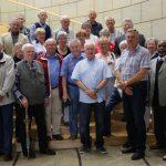 Mitglieder des Trägervereins Seniorentreff besuchen Landtag