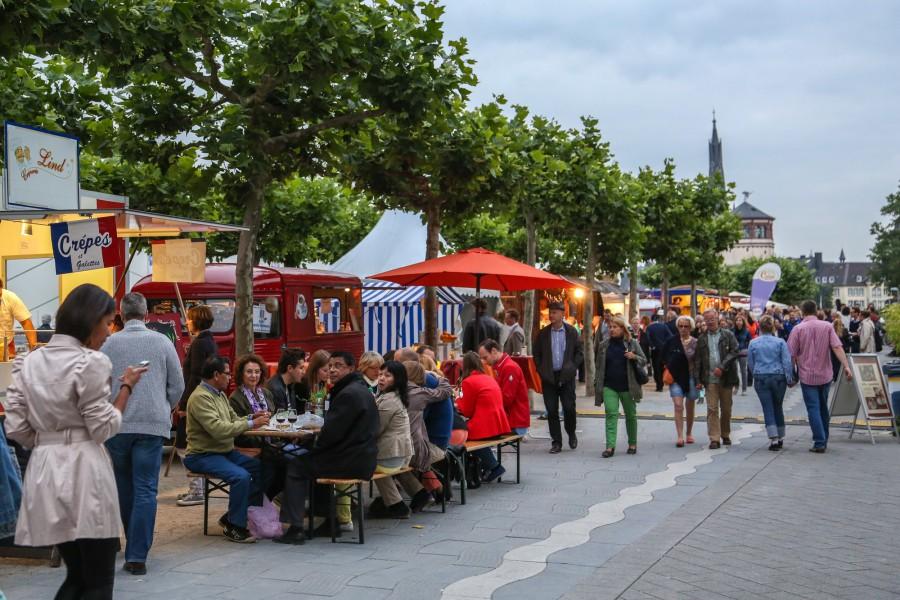 Das Altstadtfest in Düsseldorf ist wieder Ziel des Freundeskreises Holzwickede-Louviers. (Foto:privat)