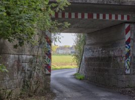 Die Grünen schlagen einen Rad- und Fußweg südlich der Bahn zwischen Garten- und Schäferkampstraße vor, der gleich hinter der Unterführung beginnt. (Foto: P. Gräber - Emscherblog)
