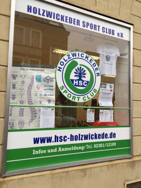 Die Gemeinde hat die Verträge zur Übertragung der Namensrechte und der Grünpflege mit dem HSC verlängert. (Foto: privat)