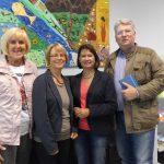 Abgeordneter informiert sich über KI-Arbeit: Fördergelder fließen weiter an Kommunen