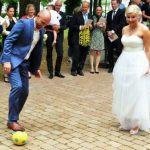 Fußballerhochzeit: Treffsicher in den Hafen der Ehe