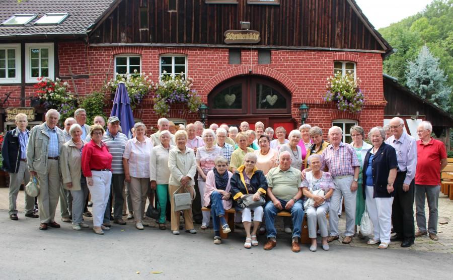 Der Jahresausflug des Trägervereins Seniorentrefrfe führte die 52 Tewiolnehmer diesmal nins Weserbvergland. (Foto: privat)