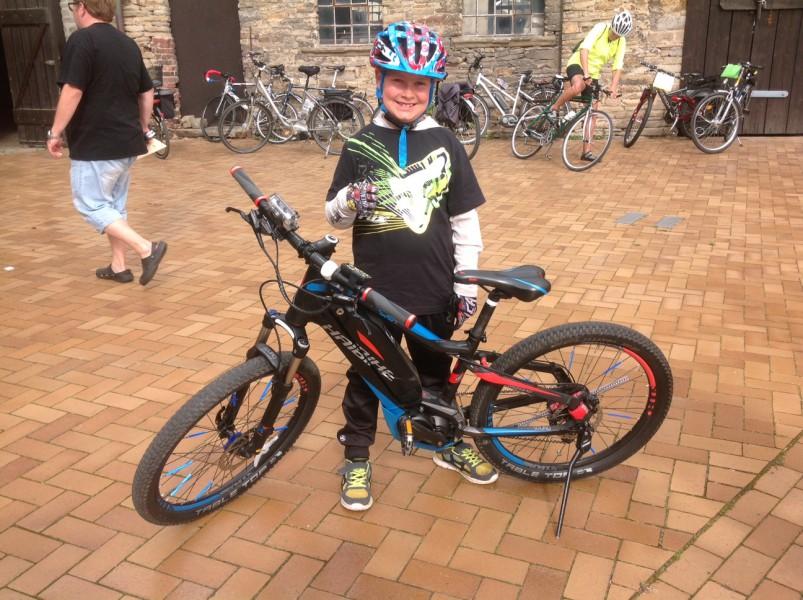 Mit acht Jahren war dieser Teilnehmer einer der jüntgsten am Start beim Volksradfahren rund um Haus Opherdicke.,