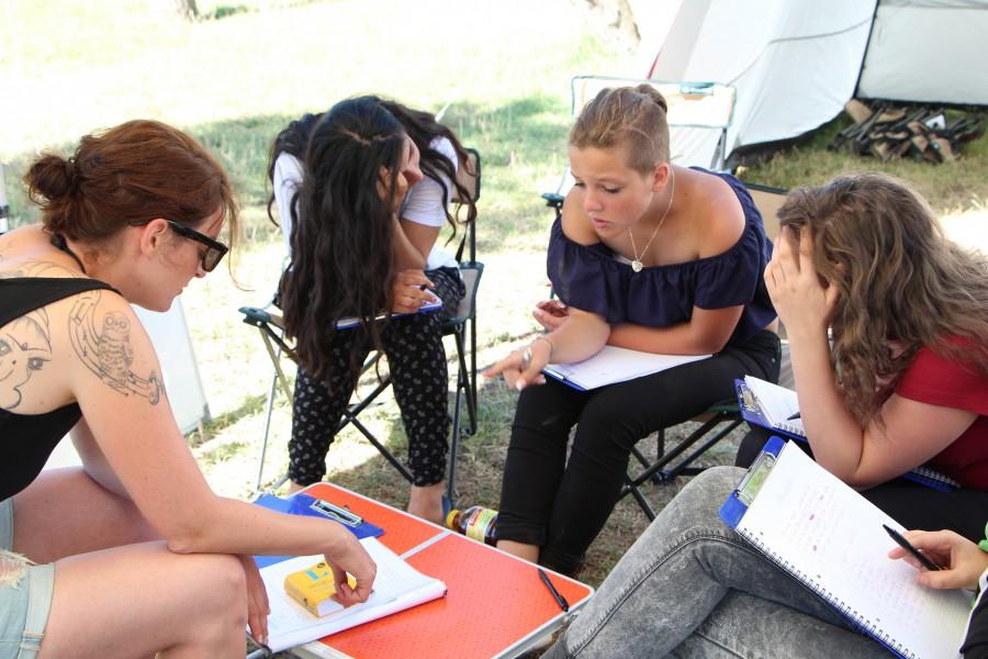 Lernten bei sonnigen Temperaturen – die Teilnehmenden der zweiten Lernfreizeit. (Foto: privat)