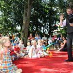 Treffpunkt Villa startet mit Thorstens Zauberkiste und I-Dötzchen-Party durch