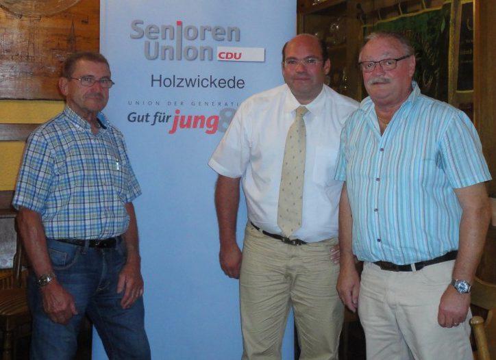 Jan-Eike Kersting und Manfred Mischke Vorsitzender der Senioren-Union) Foto: privat)