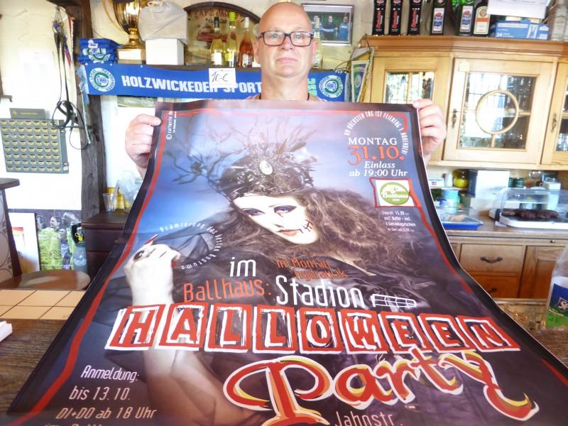 Ballhaus-Wirt Torsten Potyka bittet zur Halloween-Party.(Foto: privat)